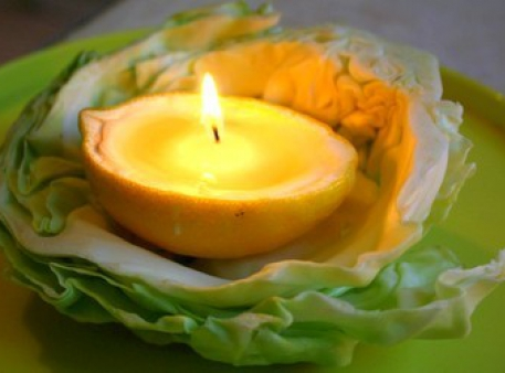 Рукотворные свечи из лимонных корок в эко-стиле