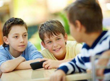 Общительность, как фактор удачи для детей