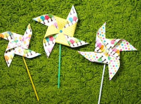 Бумажные ветрячки, созданные своими руками