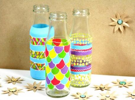 Как расписать стеклянные бутылки с маленькими детьми