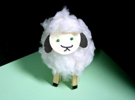 Как сделать овечку из бумажного стаканчика