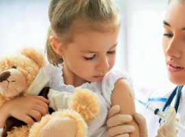 Минздрав советует делать прививки детей против гриппа