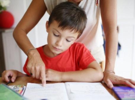 4 вещи, которые должны прекратить делать родители