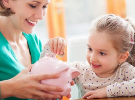 Учим ребенка обращаться с деньгами