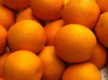 Апельсин будет плавать или утонет?