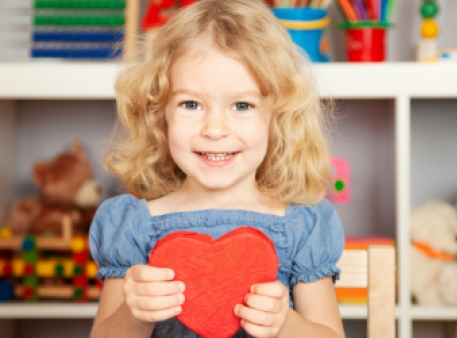 Учим ребенка хорошим манерам и благодарности