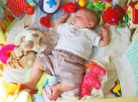 Топ-5 развивающих игрушек для новорожденного
