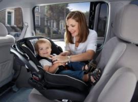 Автокресла для детей стали обязательными