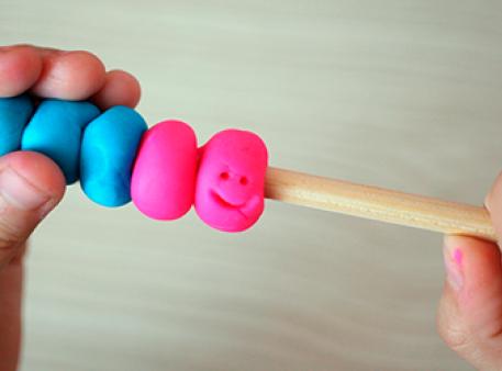 Пластилиновые счеты: учимся слагать по-новому