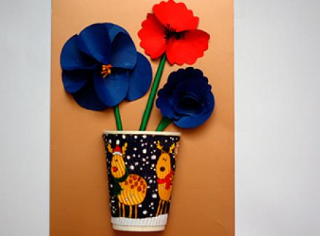 Панно с цветами в вазе: как добиться 3D-эффекта