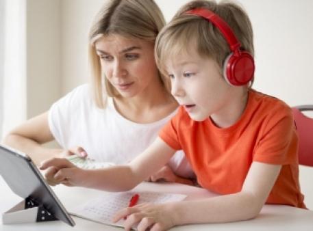 Электронные устройства, которые помогут школьнику развиваться
