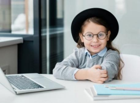 EnglishDom открыл курс английского для детей 1-3-х классов